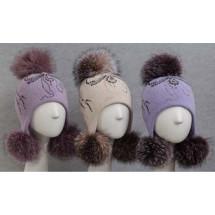 """Шапка фиолетовая зимняя с тремя натуральными помпонами """"бантик из страз"""""""